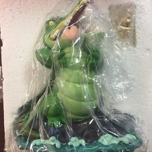 SIGNED Disney 1997 Peter Pan Crocodile w/Clock MIB